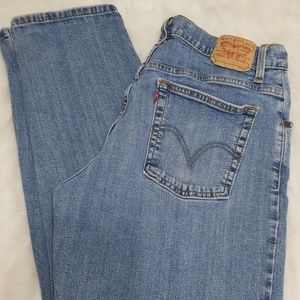 14M Mis Levi's Relaxed & Tapered jeans